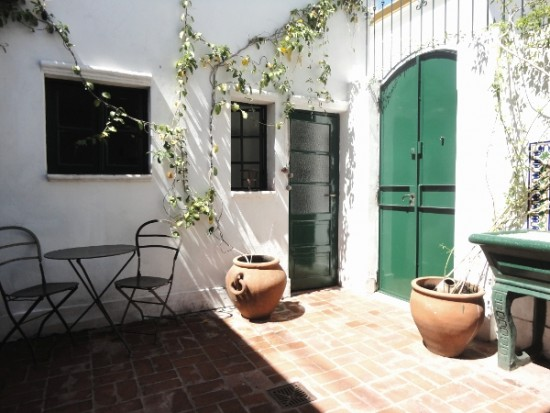#2983: Colonial style apartment. Charming patio! - San ...